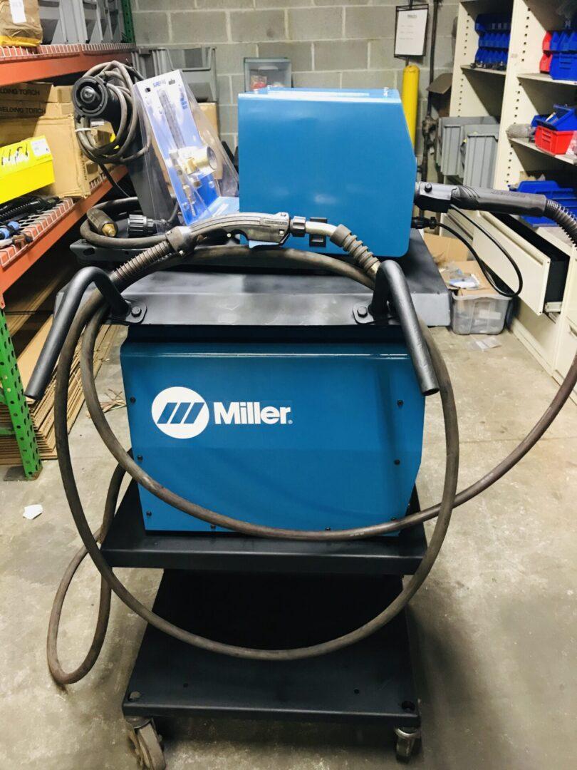 Miller XMT 350 CC//CV Welder w// NEW Miller 20 Series Feeder MIG Welding Package
